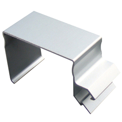 Gap-Concealing Bracket for Rect 40 Type
